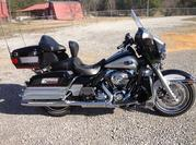 2010 Harley-Davidson Touring.Has 17, 433 miles on it.